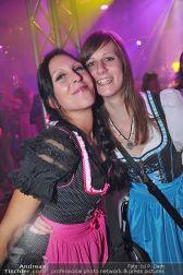 Dirndl Clubbing - Österreichhallen - Sa 16.11.2013 - 44