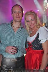 Dirndl Clubbing - Österreichhallen - Sa 16.11.2013 - 49