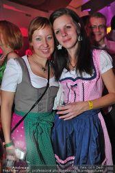 Dirndl Clubbing - Österreichhallen - Sa 16.11.2013 - 81