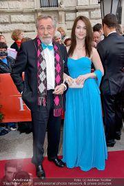 Romy - Red Carpet - Hofburg - Sa 20.04.2013 - 101
