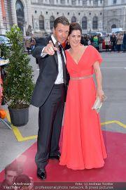 Romy - Red Carpet - Hofburg - Sa 20.04.2013 - 115