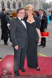 Romy - Red Carpet - Hofburg - Sa 20.04.2013 - 73