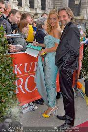 Romy - Red Carpet - Hofburg - Sa 20.04.2013 - 9