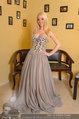 Lugner Ballkleid Anprobe - Modehaus prominent - Di 18.02.2014 - Crazy Cathy SCHMITZ15