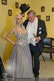 Lugner Ballkleid Anprobe - Modehaus prominent - Di 18.02.2014 - Crazy Cathy SCHMITZ, Richard LUGNER mit Frack36