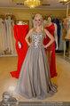 Lugner Ballkleid Anprobe - Modehaus prominent - Di 18.02.2014 - Crazy Cathy SCHMITZ4