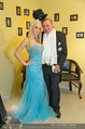 Lugner Ballkleid Anprobe - Modehaus prominent - Di 18.02.2014 - Crazy Cathy SCHMITZ, Richard LUGNER mit Frack45