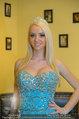 Lugner Ballkleid Anprobe - Modehaus prominent - Di 18.02.2014 - Crazy Cathy SCHMITZ46