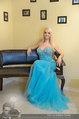 Lugner Ballkleid Anprobe - Modehaus prominent - Di 18.02.2014 - Crazy Cathy SCHMITZ47