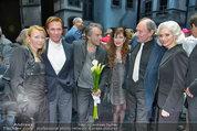 Premiere ´Besuch der alten Dame´ - Ronacher - Mi 19.02.2014 - Uwe KR�GER, Anja KRUSE, Michael MENDL, Pia DOUWES61