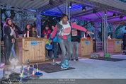 SuperFit - Rathausplatz - Mi 26.02.2014 - Alamande BELFOR beim Eisstockschie�en15
