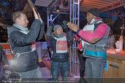 SuperFit - Rathausplatz - Mi 26.02.2014 - Alex LIST, Sylvia GRAF, Alamande BELFOR16