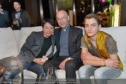 Big Opening - DC Tower 1 Melia Hotel Vienna - Mi 26.02.2014 - Nhut LA HONG mit Begleitung, Anton Toni FABER300