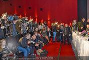 PK und Autogrammstunde - Lugner City - Do 27.02.2014 - Kim KARDASHIAN, Presse, Journalisten, Medienauflauf3