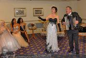 Vor dem Ball - Sacher und Grand Hotel - Do 27.02.2014 - 14