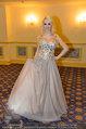 Vor dem Ball - Sacher und Grand Hotel - Do 27.02.2014 - Crazy Cathy SCHMITZ2
