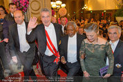 Opernball 2014 - Feststiege - Staatsoper - Do 27.02.2014 - Dominique MEYER, Heinz FISCHER, Kofi ANNAN158