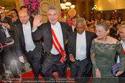 Opernball 2014 - Feststiege - Staatsoper - Do 27.02.2014 - Dominique MEYER, Heinz FISCHER, Kofi ANNAN160