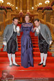 Opernball 2014 - Feststiege - Staatsoper - Do 27.02.2014 - Desiree TREICHL-ST�RGKH25