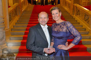 Opernball 2014 - Feststiege - Staatsoper - Do 27.02.2014 - Desiree TREICHL-ST�RGKH, Dominique MEYER29