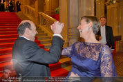 Opernball 2014 - Feststiege - Staatsoper - Do 27.02.2014 - Desiree TREICHL-ST�RGKH, Dominique MEYER31
