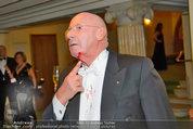 Opernball 2014 - das Fest - Staatsoper - Do 27.02.2014 - Situation um Schl�gerei Johannes B. KERNER, Begleiter, Ballgast99