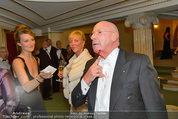 Opernball 2014 - das Fest - Staatsoper - Do 27.02.2014 - Situation um Schl�gerei Johannes B. KERNER, Begleiter, Ballgast100