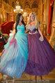 Opernball 2014 - das Fest - Staatsoper - Do 27.02.2014 - Tara TABITHA mit Freundin Djana104