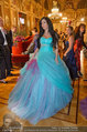 Opernball 2014 - das Fest - Staatsoper - Do 27.02.2014 - Tara TABITHA mit Freundin Djana106