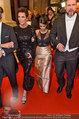 Opernball 2014 - das Fest - Staatsoper - Do 27.02.2014 - Kim KARDASHIAN, Kris JENNER am Heimweg129