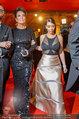 Opernball 2014 - das Fest - Staatsoper - Do 27.02.2014 - Kim KARDASHIAN, Kris JENNER am Heimweg135