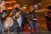 Opernball 2014 - das Fest - Staatsoper - Do 27.02.2014 - Kim KARDASHIAN, Kris JENNER am Heimweg138