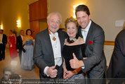 Opernball 2014 - das Fest - Staatsoper - Do 27.02.2014 - Familie Harald und Mausi Ingeborg SERAFIN mit Sohn Daniel231