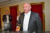 Opernball 2014 - das Fest - Staatsoper - Do 27.02.2014 - Situation um Schl�gerei Johannes B. KERNER, Begleiter, Ballgast59
