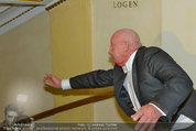 Opernball 2014 - das Fest - Staatsoper - Do 27.02.2014 - Situation um Schl�gerei Johannes B. KERNER, Begleiter, Ballgast90