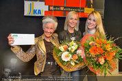 Model contest - Kaufpark Alt-Erlaa - Fr 28.02.2014 - die ersten 3 Pl�tze, Mitte: Siegerin Katja KIESLING202