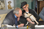 LisaFilm Fasching - FilmCafe - Di 04.03.2014 - Christiane H�RBIGER mit Hund Loriot, Otto SCHENK4
