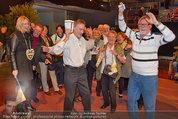 Musikantenstadl Probe - Arena Nova - Fr 07.03.2014 - tanzende Besucher48