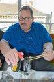 Ottfried Fischer isst Sushi - Lugner City - Fr 14.03.2014 - Ottfried FISCHER13