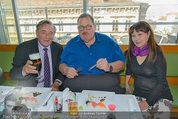 Ottfried Fischer isst Sushi - Lugner City - Fr 14.03.2014 - Ottfried FISCHER, Richard LUGNER, Jie LII14
