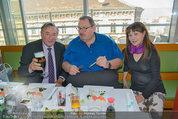 Ottfried Fischer isst Sushi - Lugner City - Fr 14.03.2014 - Ottfried FISCHER, Richard LUGNER, Jie LII16