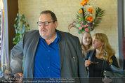 Ottfried Fischer isst Sushi - Lugner City - Fr 14.03.2014 - Ottfried FISCHER3