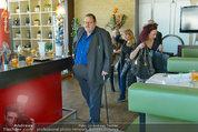 Ottfried Fischer isst Sushi - Lugner City - Fr 14.03.2014 - Ottfried FISCHER4