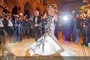 Filmball Vienna - das Fest - Rathaus - Fr 14.03.2014 - Albert FORTELL tanzt mit Barbara WUSSOW vor Fotografen119