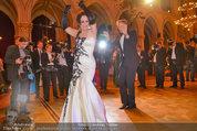 Filmball Vienna - das Fest - Rathaus - Fr 14.03.2014 - Albert FORTELL tanzt mit Barbara WUSSOW vor Fotografen123