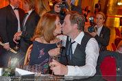 Filmball Vienna - das Fest - Rathaus - Fr 14.03.2014 - Peter KRAUS mit Ehefrau Ingrid (Kussfoto)149