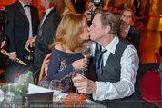 Filmball Vienna - das Fest - Rathaus - Fr 14.03.2014 - Peter KRAUS mit Ehefrau Ingrid (Kussfoto)150