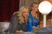 Filmball Vienna - das Fest - Rathaus - Fr 14.03.2014 - Daryl HANNAH,, Jennifer BLANC169