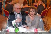 Filmball Vienna - das Fest - Rathaus - Fr 14.03.2014 - Reinhold BILGERI, Claudia CARDINALE22