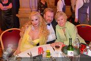 Filmball Vienna - das Fest - Rathaus - Fr 14.03.2014 - Waltraud HAAS, Markus und Leila STRAHL95